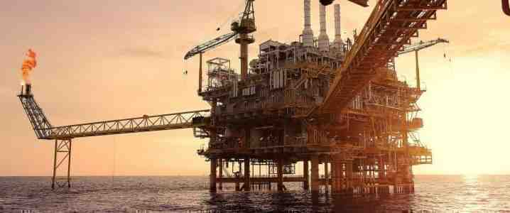 L'Arabie saoudite construit un complexe touristique basé sur une plate-forme pétrolière au centre de la mer