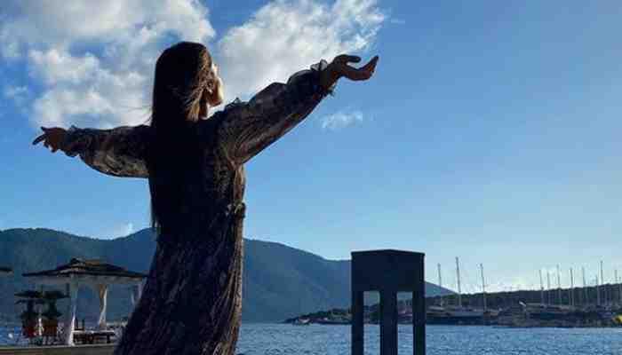 Priyanka Chopra aime la plongée sous-marine en Espagne Photos